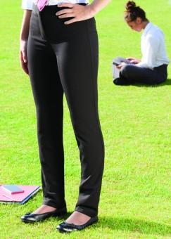 BMB Brochure 124pp Schoolwear 2015.indd